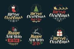 Vrolijke Kerstmis en Gelukkig Nieuwjaar, etiketreeks Kerstmispictogrammen of emblemen Van letters voorziende Vectorillustratie Stock Afbeeldingen