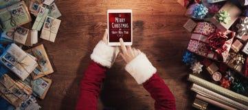 Vrolijke Kerstmis en gelukkig Nieuwjaarbericht Stock Afbeeldingen