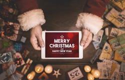 Vrolijke Kerstmis en gelukkig Nieuwjaarbericht Stock Afbeelding