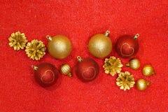 Vrolijke Kerstmis en Gelukkige Nieuwjaar feestelijke achtergrond Royalty-vrije Stock Foto