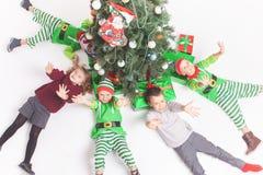 Vrolijke Kerstmis 2016 het Gelukkige kinderen vieren Royalty-vrije Stock Afbeelding