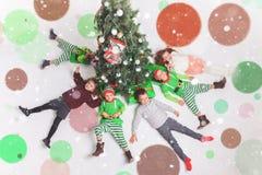 Vrolijke Kerstmis 2016 het Gelukkige kinderen vieren Stock Fotografie
