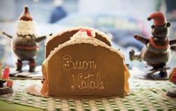 Vrolijke Kerstmis in Italiaans, Buon Natale Stock Foto's