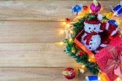 Vrolijke Kerstmis met houten stock foto's