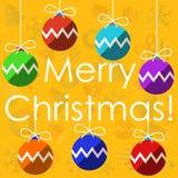 Vrolijke Kerstmis met Kerstmisballen Stock Fotografie