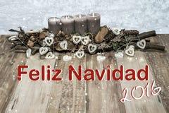 Vrolijke Kerstmisdecoratie die grijs van de het hartlamp van de kaarssneeuw de tekstbericht Spaanse 2016 branden Stock Afbeeldingen