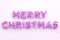 Vrolijke Kerstmiswoorden van violette ballen op witte achtergrond Royalty-vrije Stock Fotografie