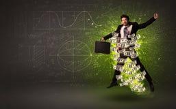 Vrolijke zakenman die met dollarbankbiljetten rond hem springen Royalty-vrije Stock Fotografie