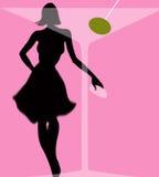 Vrouw achter martini glas met olijf Royalty-vrije Stock Foto