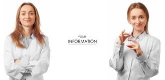 Vrouw arts in medische toga met de geneeskunde vastgesteld patroon van de spuitgezondheid stock fotografie