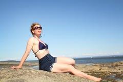 Vrouw in bathsuit stock fotografie