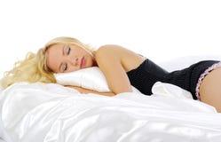 Vrouw in bed Royalty-vrije Stock Afbeeldingen