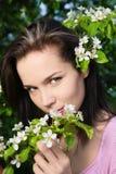 Vrouw bij de lente Royalty-vrije Stock Afbeeldingen