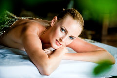 Vrouw bij Kuuroord Royalty-vrije Stock Foto's
