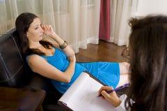 Vrouw bij therapie Stock Afbeelding