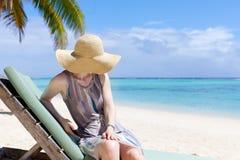Vrouw bij vakantie Stock Foto