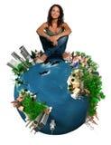 Vrouw bovenop de wereld Stock Fotografie