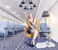 Vrouw in cabine Royalty-vrije Stock Afbeelding