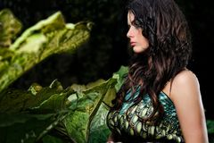 Vrouw in de geheime tuin Stock Afbeelding