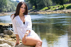 Vrouw in de rivier Royalty-vrije Stock Foto