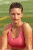 Vrouw in de Roze Bustehouder van Sporten Royalty-vrije Stock Afbeelding