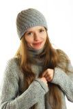 Vrouw in de winteruitrusting Stock Afbeeldingen