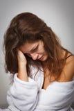 Vrouw die aan depressie lijdt Royalty-vrije Stock Foto's