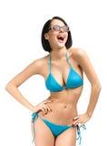 Vrouw die bikini en zonnebril dragen royalty-vrije stock afbeelding