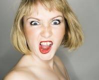 Vrouw die boos kijkt. Royalty-vrije Stock Afbeelding