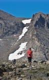 Vrouw die in Colorado wandelt Royalty-vrije Stock Foto's