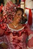 Vrouw die in de Carnaval parade danst royalty-vrije stock afbeeldingen