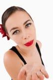 Vrouw die een kus blaast Royalty-vrije Stock Foto