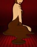 Vrouw die een sexy kleding van de smeltingschocolade draagt Royalty-vrije Stock Foto