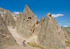 Vrouw die foto van Cappadocia, Anatolië, Turkije nemen royalty-vrije stock fotografie