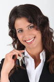Vrouw die haar sleutels houdt royalty-vrije stock foto