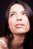 Vrouw die met sexy lippen wens uitdrukt royalty-vrije stock foto