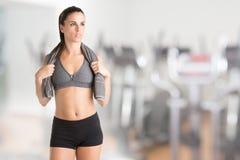 Vrouw die na Training rust Stock Fotografie