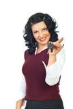 Vrouw die nieuwe autosleutels houdt Stock Foto's