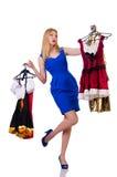 Vrouw die nieuwe kleding proberen Royalty-vrije Stock Fotografie
