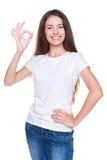 Vrouw die o.k. teken toont Royalty-vrije Stock Afbeeldingen
