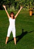 Vrouw die oefening doet Stock Foto