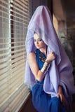 Vrouw die oostelijke kleren dragen Royalty-vrije Stock Foto