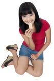 Vrouw die Snack eet stock fotografie