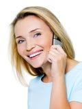 Vrouw die telefonisch roept Royalty-vrije Stock Foto