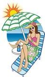 Vrouw die zonneroom op schouder zetten dichtbij de pool Stock Afbeelding