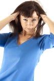 Vrouw in donkerblauwe kleren stock foto's