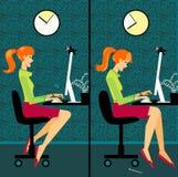 Vrouw in een bureau Stock Afbeeldingen