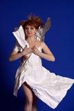 Vrouw in een document kleding stock foto
