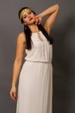 Vrouw in een heldere kleding Stock Fotografie
