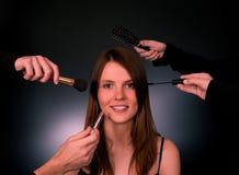 Vrouw in een schoonheidssalon royalty-vrije stock afbeeldingen